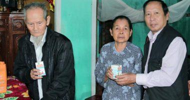 Món quà cuối năm OIC NEW dành tặng cho các Cụ cao niên